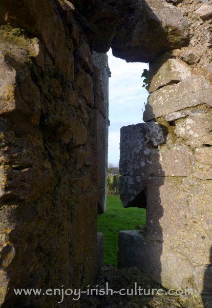 Roscommon Castle, Ireland- medieval cross shaped arrow loop.