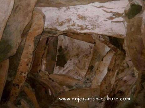 Bru Na Boinne, corballed ceiling at Newgrange