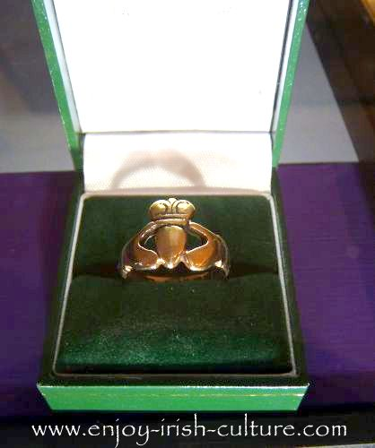 1964 ring by T. Dillon and Sons exhibited at the Museum at the shop on Quay Street, Galway, Ireland.