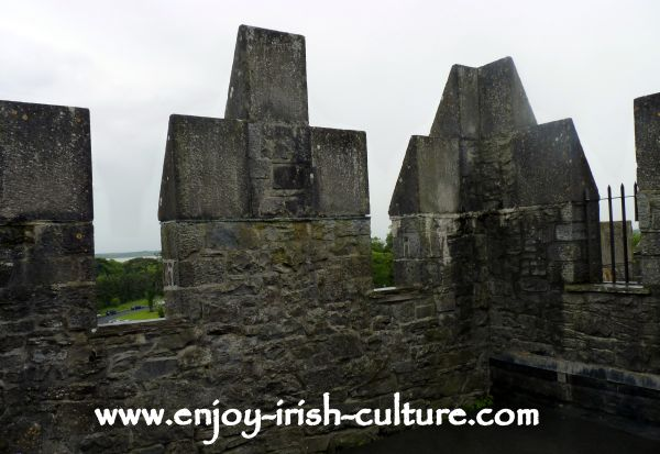 The battlements at Bunratty Castle, County Clare, Ireland.