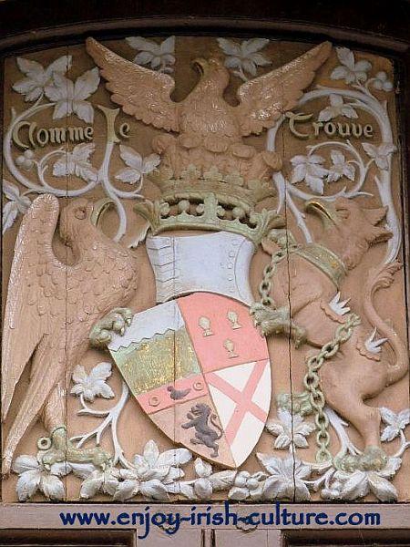 Butler family crest above the gates of Kilkenny Castle
