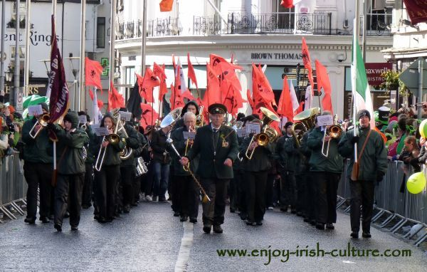 St Paddy's Day Parade Galway 2013, marching band