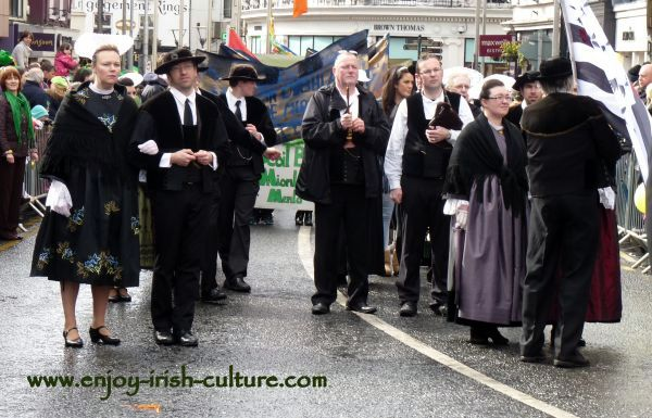 St Paddy's Day Parade Galway 2013, historic costumes