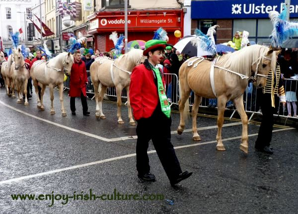 St Paddy's Day in Galway, circus performers
