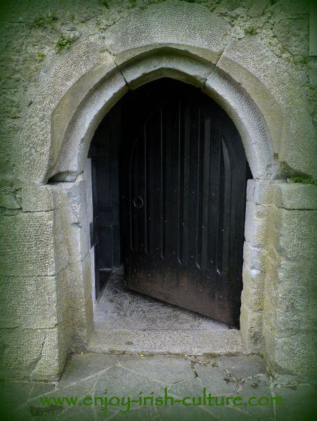 castles of Ireland, County Galway, door