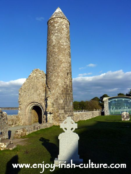 McCarthy's Round Tower and Temple Finghin